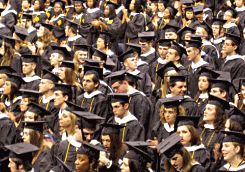 groGroup of recent college grads