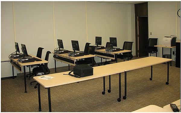 image of computer training classroom