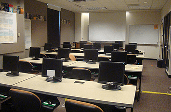 Image of a computer clasroom
