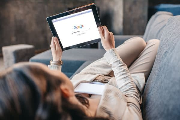 How and Why People Use Search Engines 1