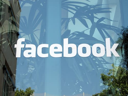 College Grads Looking for Work? Better Clean up their Facebook Profiles 1